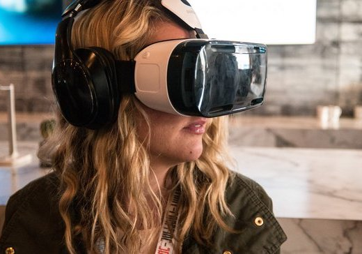 CAN VR MOVE BEYOND CONTENT MARKETING INTO ADS AND LOYALTY?